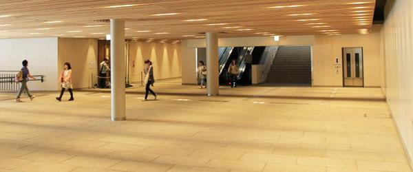 JR姫路駅北にぎわい交流北広場「中央地下通路」