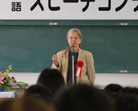 外国語学部 ジャクソン教授