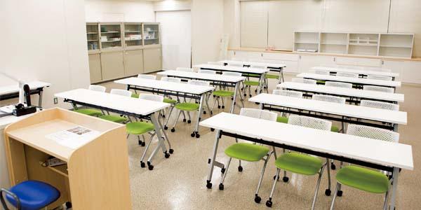 姫路獨協大学 看護学部棟 公衆衛生看護実習室
